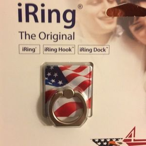 NWT multi pack IRing phone mount Two in one pack